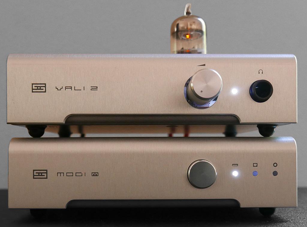 Modi-and-Vali-2.jpg